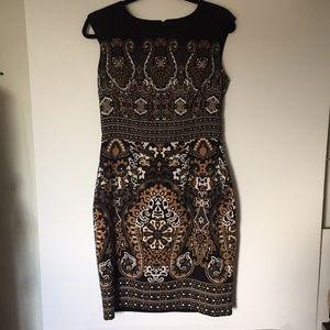 Roz & Ali Brown & Black Sleeves dress . Sz 8